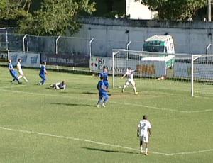 Gol de Paulinho Pimentel, do Conilon (Foto: Reprodução/TV Gazeta)