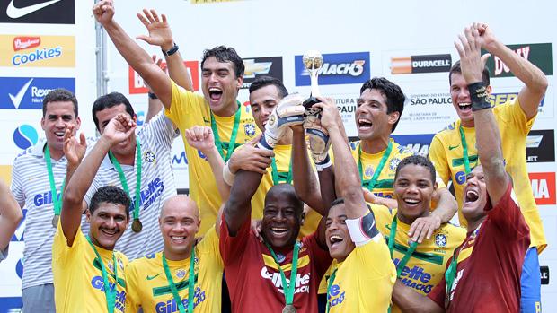 Seleção comemora - seleção brasileira futebol de areia desafio internacional (Foto: Wander Roberto e William Lucas/Inovafoto)