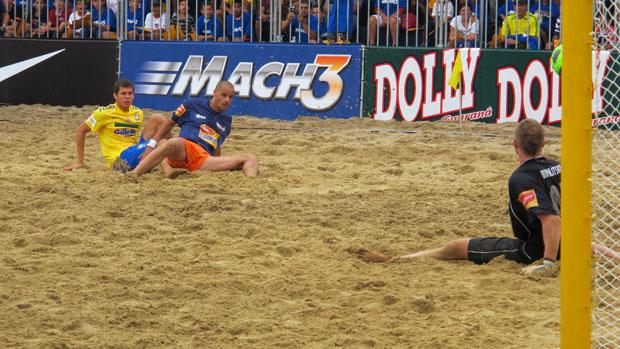 Desafio Internacional de Futebol de Areia - Brasil x Seleção do Mundo (Foto: Igor Christ/Globoesporte.com)