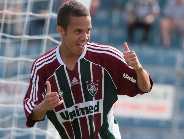 Marcos Junior comemora gol do Fluminense sobre o Coritiba pela Copinha (Foto: Célio Messias/Agência Estado)