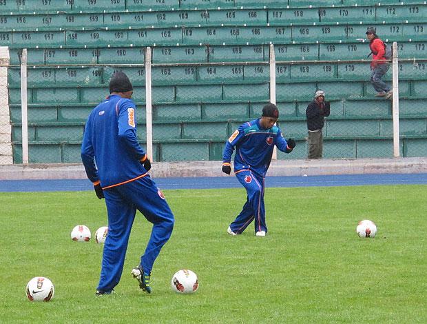 Ronaldinho Renato treino Potosi (Foto: Richard Souza / Globoesporte.com)