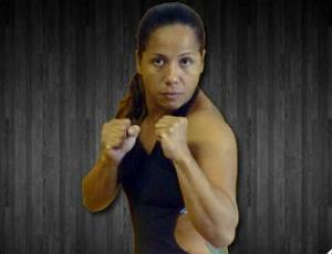 Bete Tavares, lutadora de MMA (Foto: Reprodução/Site da RFT)