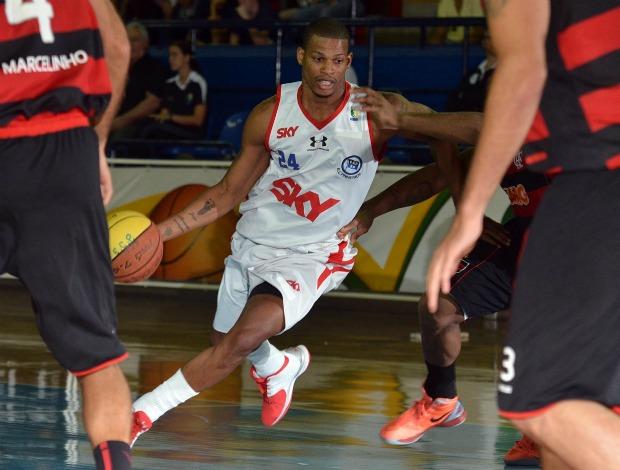 NBB Flamengo x Pinheros Shamell (Foto: João Pires/LNB)