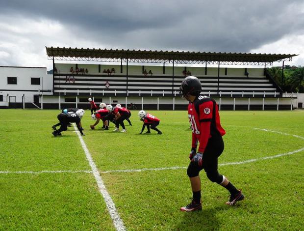 Estádio Manoel de Almeida Matos, em Fundão (Foto: Site oficial do Vitória Antares)