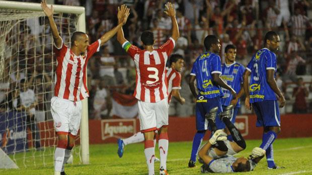 Náutico x Ypiranga (Foto: Antônio Carneiro)