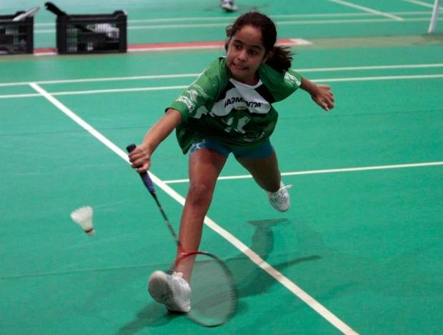 Jeiseane ALves jogando na seletivas paulistas das Olimpíadas Escolares no Ibirapuera (Foto: Divulgação)