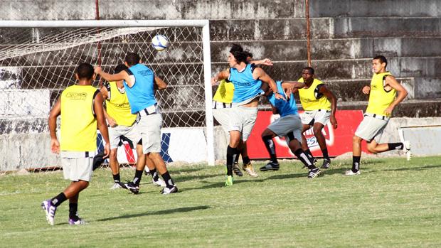 Treze treina no PV (Foto: Magnus Menezes / Jornal da Paraíba)