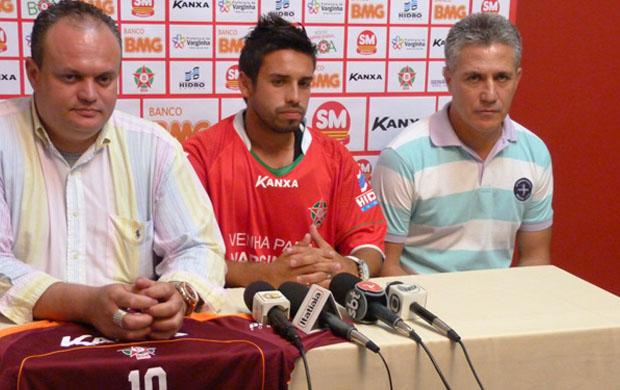 Chileno Eric Pino é o novo contratado do Boa Esporte (Foto: Divulgação / Site Oficial do Boa Esporte)