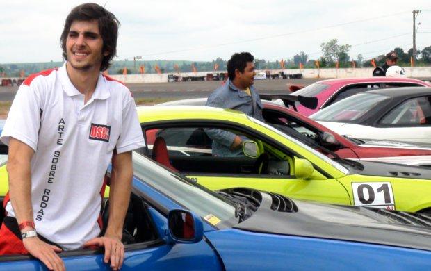 Fiuk participa do Campeonato Paulista de Drift (Foto: Bernardo Medeiros / Globoesporte.com)