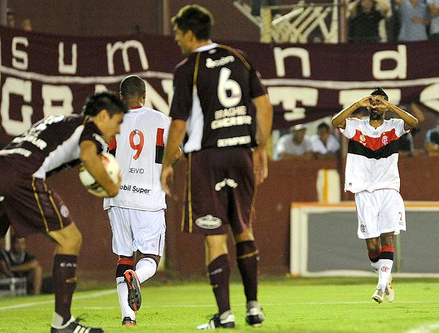 Léo Moura gol Flamengo x Lanus (Foto: Alexandre Vidal / Fla imagem)