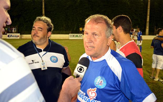 Zico lança escolinha de futebol em Paraguaçu, MG (Foto: Tiago Campos /Globoesporte.com)