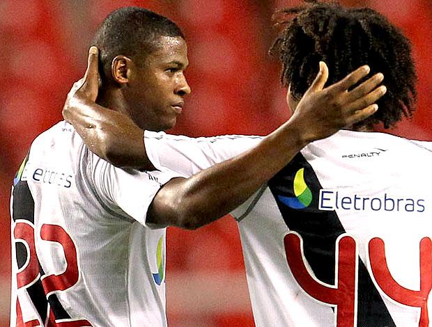 Kim comemora gol do Vasco contra o Boavista (Foto: Marcelo Sadio / Site Oficial do Vasco da Gama)