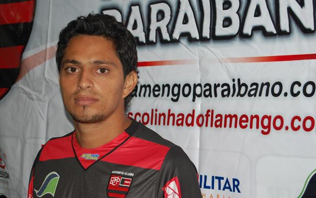 Vaguinho, meia do Flamengo-PB (Foto: Renata Vasconcellos)