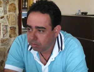 Gilmar Silva, técnico do Espírito Santo de Anchieta (Foto: Divulgação/ESFC)