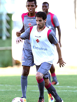 Mat&#237;as Abelairas no treino do Vasco (Foto: Marcelo Sadio / Site Oficial do Vasco da Gama)