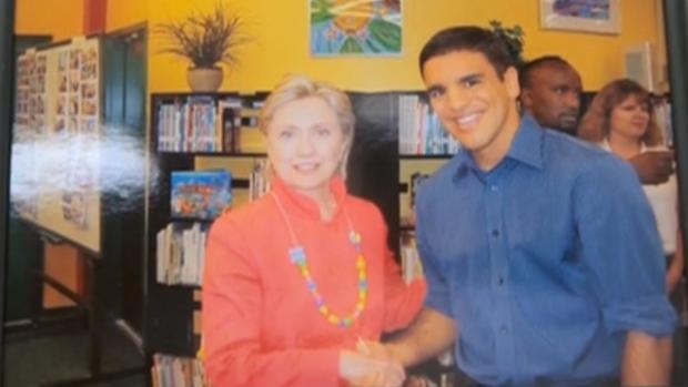 Pedro Valente com a secretária de Estado dos EUA, Hilary Clinton (Foto: Reprodução SporTV)