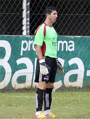 Sérgio, ex-Palmeiras, assina contrato com o Barcelona, clube amador de Sorocaba (Foto: Paulo C. Queiróz/CA Barcelona Sorocaba)