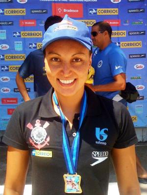 Poliana Okimoto no Brasileiro de maratonas aquáticas (Foto: CBDA)