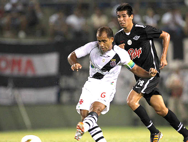 Felipe no jogo do Vasco contra o Libertad (Foto: Marcelo Sadio / Site Oficial do Vasco da Gama)