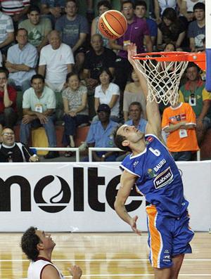 Daniel basquete Bauru x Leones de Quilpue (Foto: João Rosan/FIBA Americas)