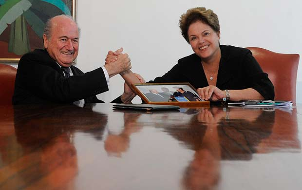 blatter dilma rouseff encontro pal&#225;cio do planalto (Foto: Ag&#234;ncia EFE)