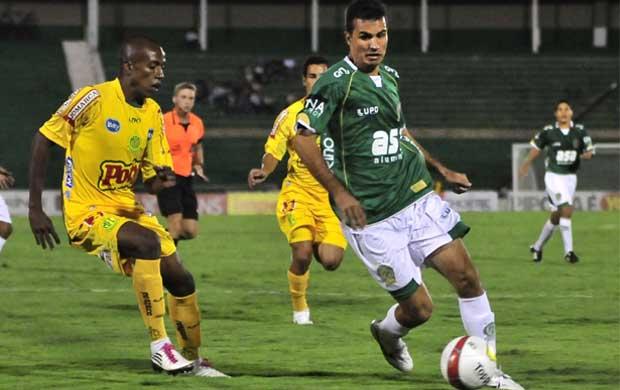 Guarani bate Mirassol com início de segundo tempo arrasador (Foto: Rodrigo Villalba / Memory Press)