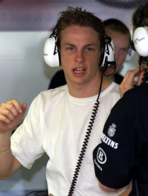 Button nos boxes da Williams em 2000 (Foto: AFP)
