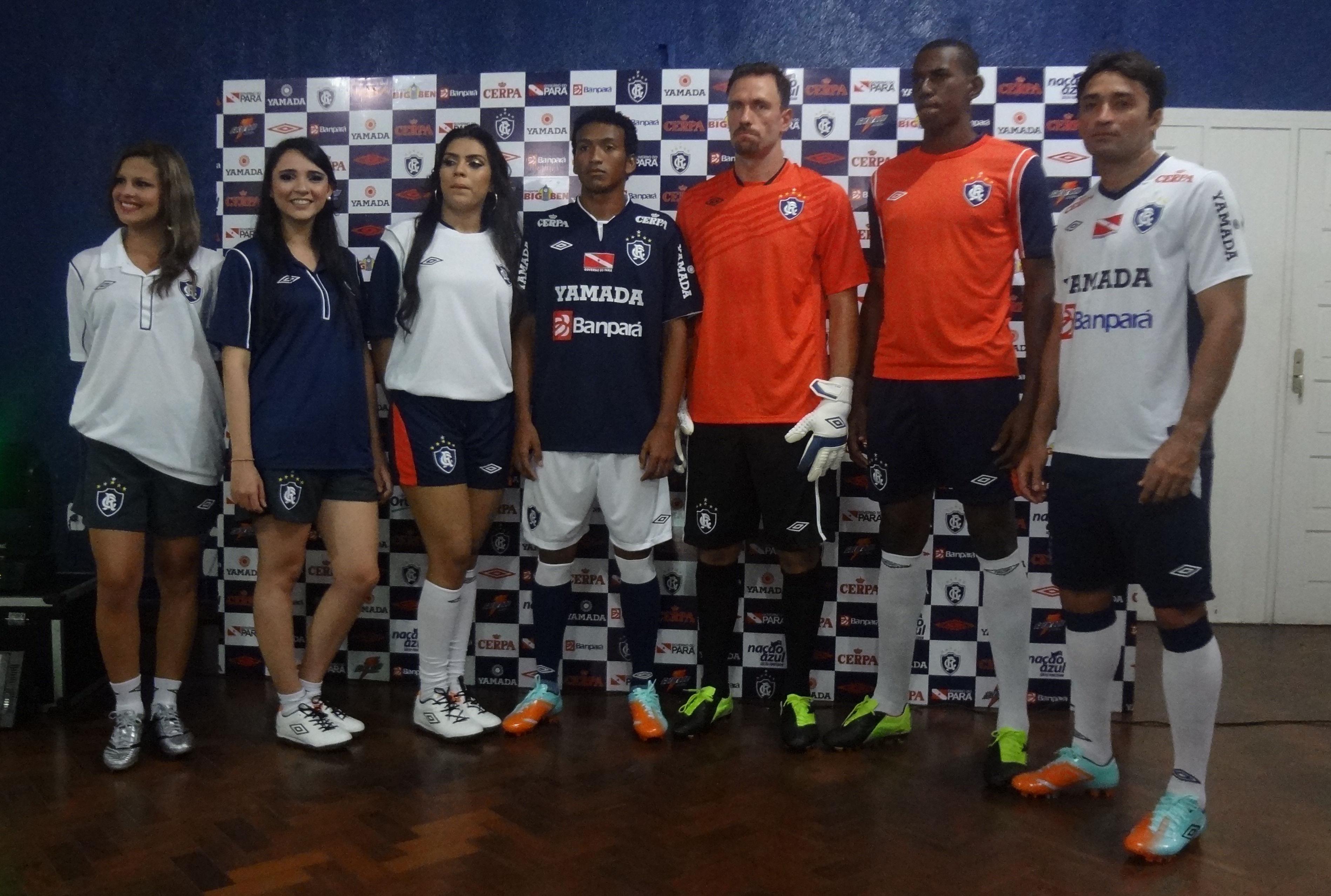 Clube do Remo lança uniforme  tradicional  para a temporada 2013 ... cb90d3cd707d5