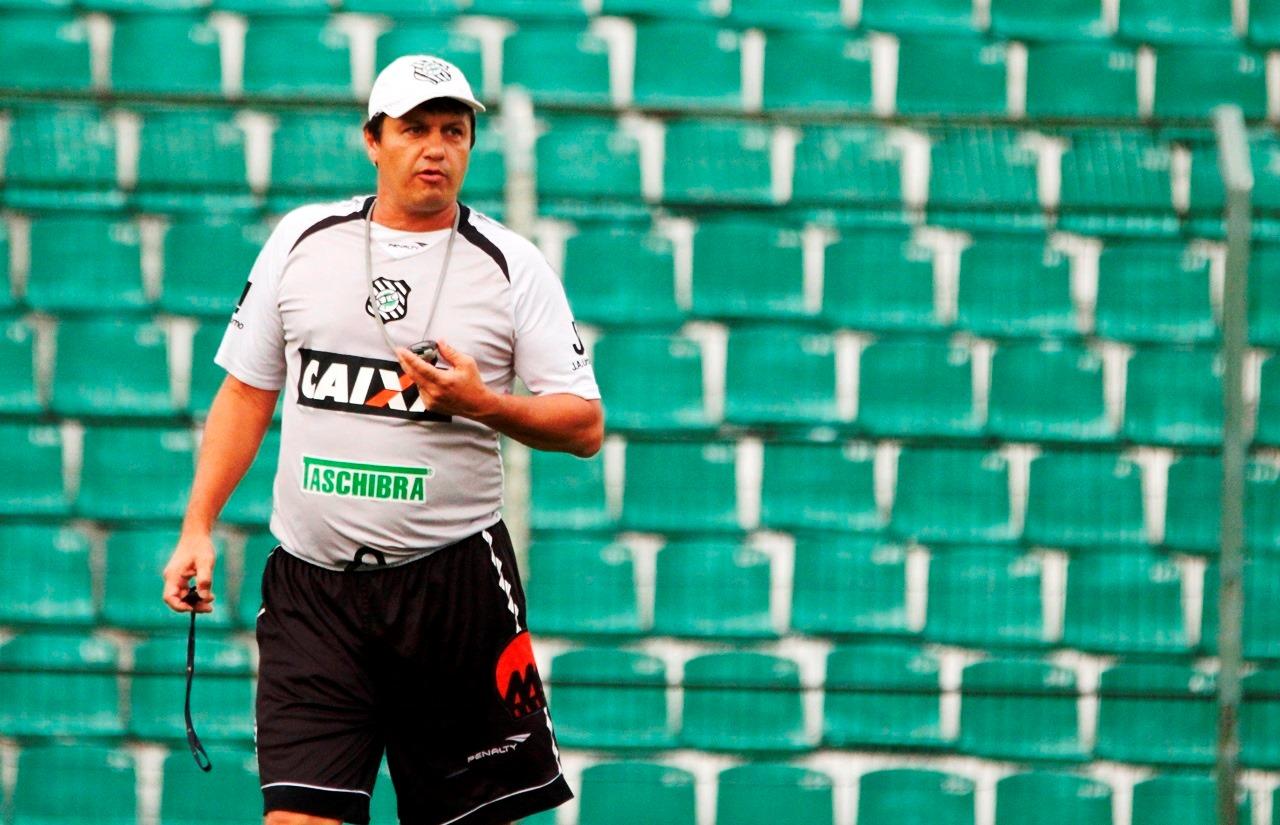 Técnico do Figueirense admite mudar equipe para a Copa do Brasil