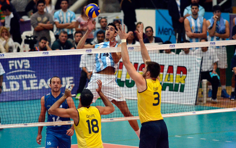 Mesmo sem Lucão e Lucarelli, Brasil volta a vencer a Argentina fora de casa