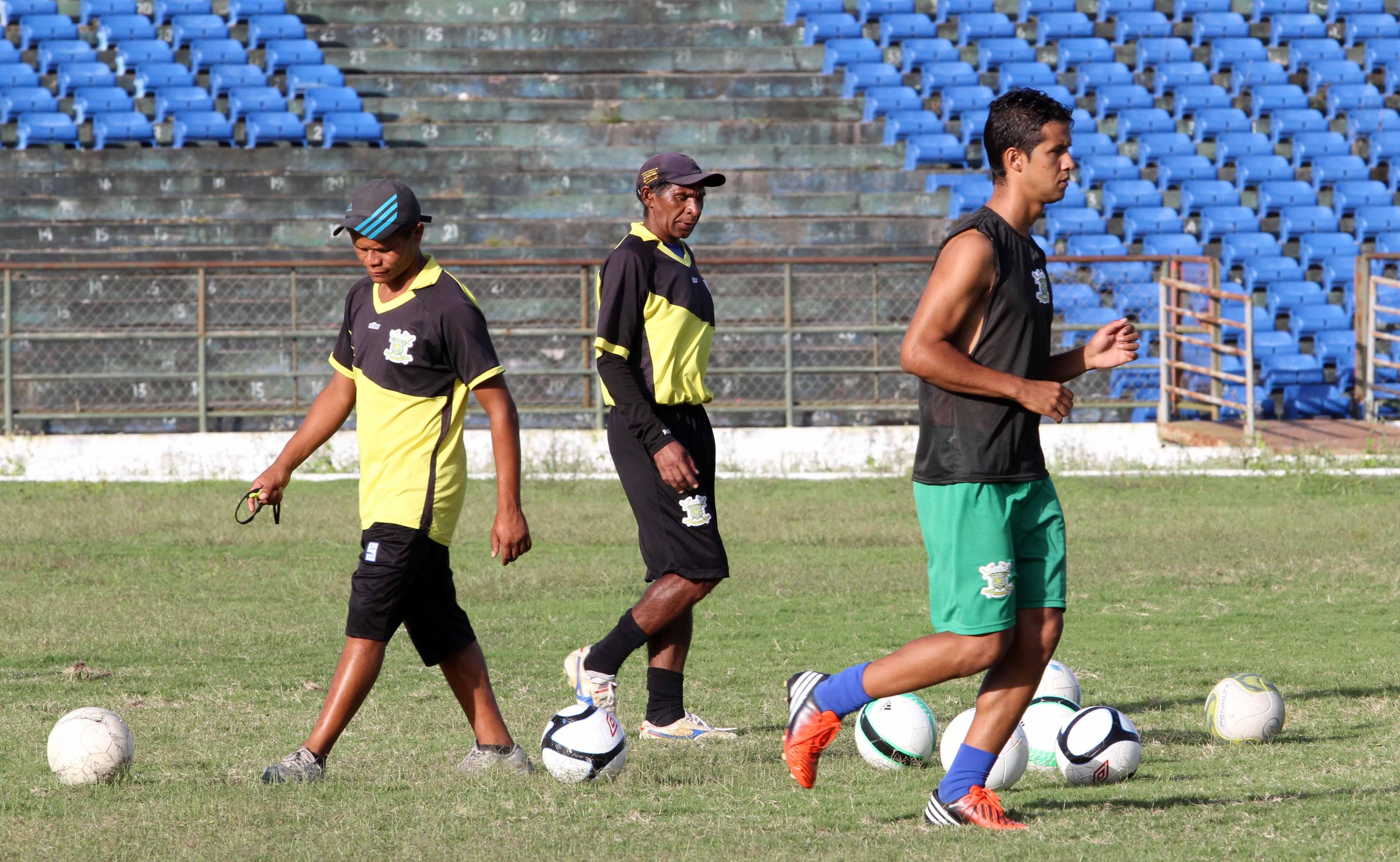 069d8e3c40 Sport Campina treina no Amigão e espera surpreender na estreia ...