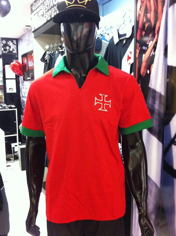 9e316ec2da Vasco lança camisa em homenagem a Portugal que será entregue a CR7 ...