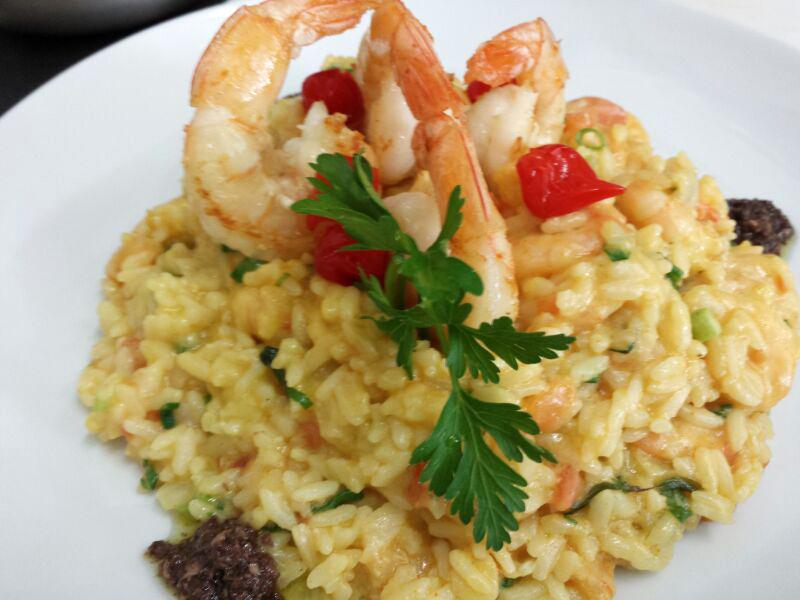 Em dia de jogo do Brasil, restaurante faz desconto em pratos com camarão | globoesporte.com