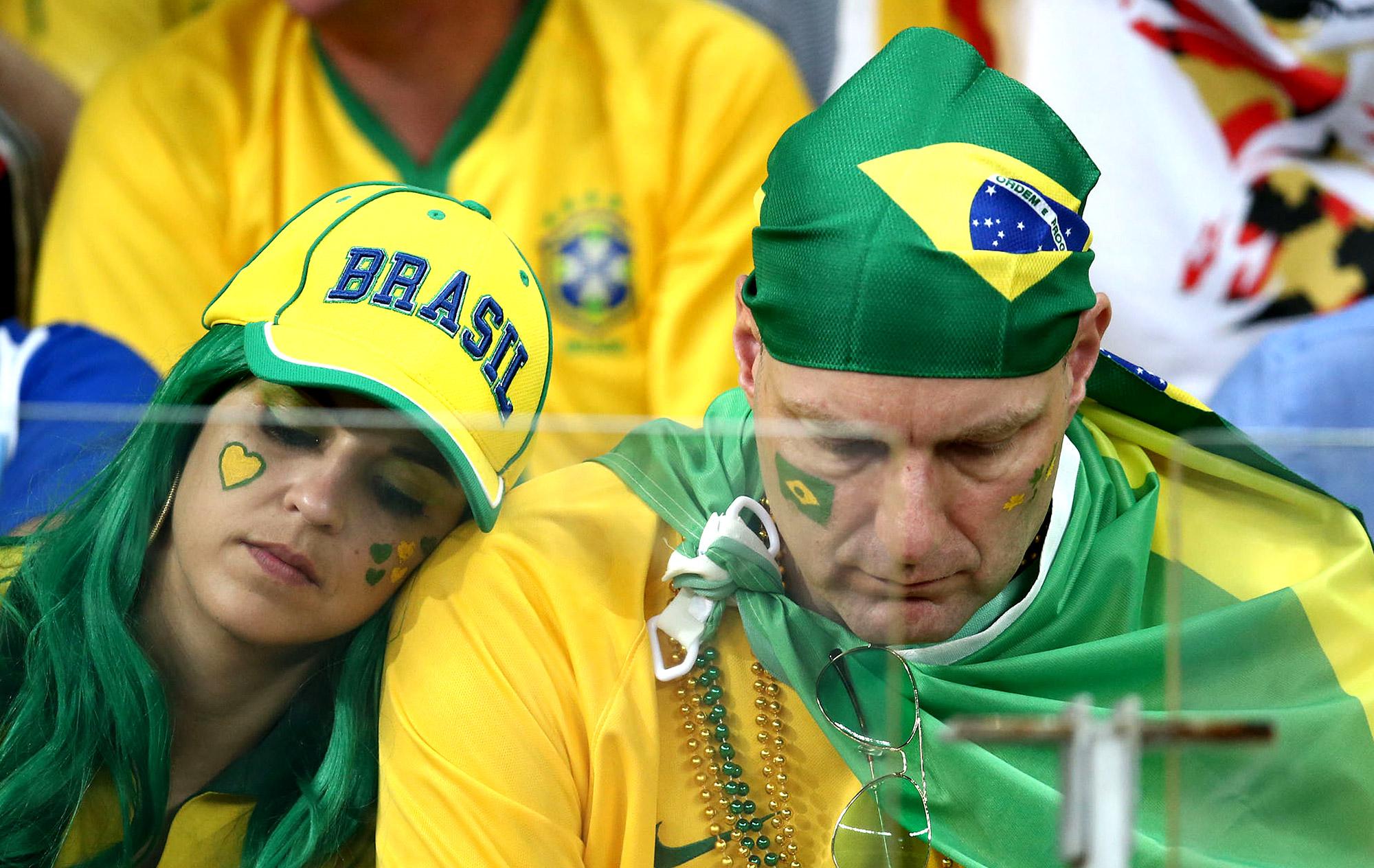 Testemunhas da história: como a torcida brasileira viveu o vexame | globoesporte.com