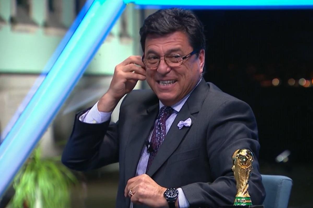 Passarella diz que tirar faixa de capit£o de Messi seria bom para