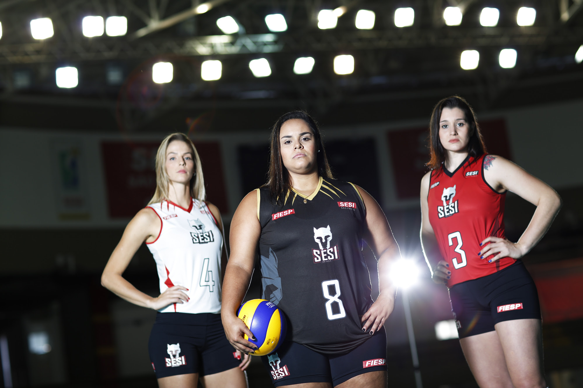 Time feminino do Sesi-SP apresenta camisas para a próxima temporada ... d5b7173bda785