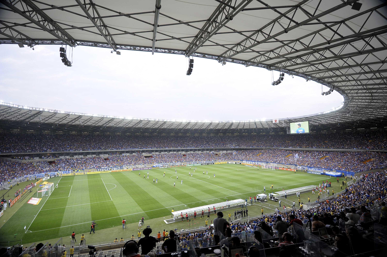 abf0b27fc1 Boa fase de Galo e Cruzeiro faz o novo Mineirão virar templo da emoção
