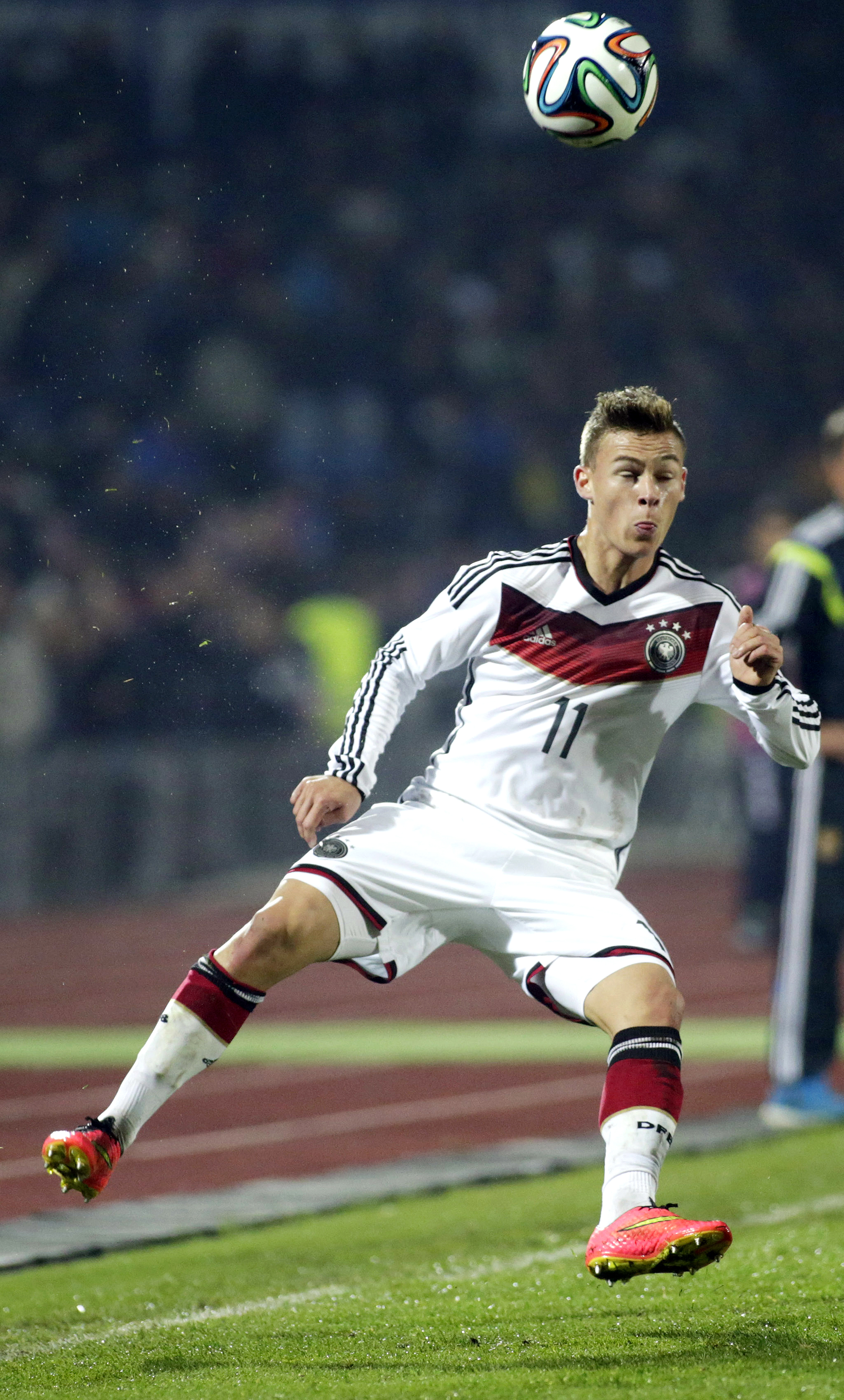 Bayern anuncia acerto com promessa alemã indicada por Pep Guardiola 6395f3933dffb