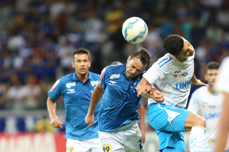 Sábado de Avaí x Cruzeiro 174bf9234717f
