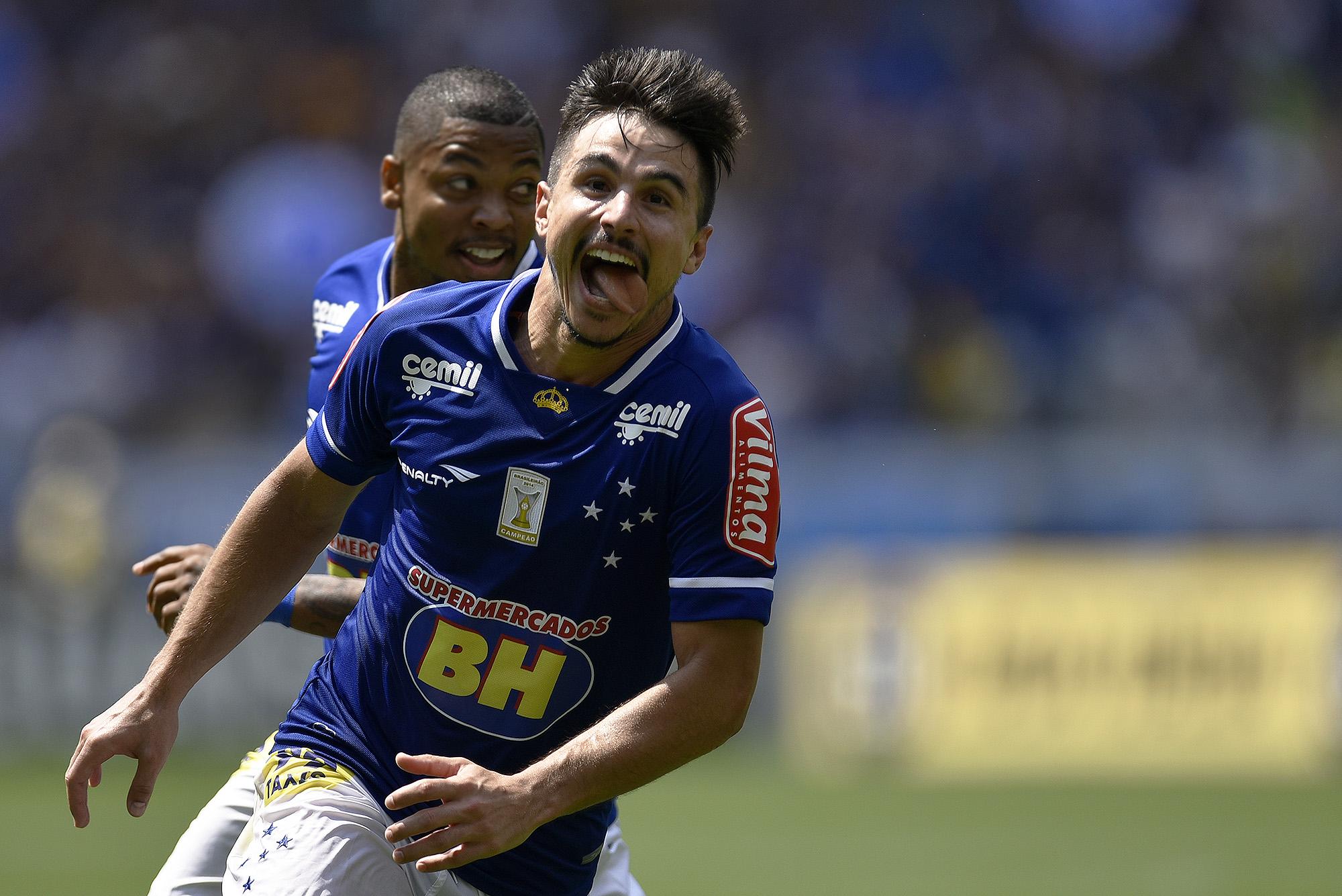 c684650634 Willian está a dois gols de se tornar o principal artilheiro do novo  Mineirão