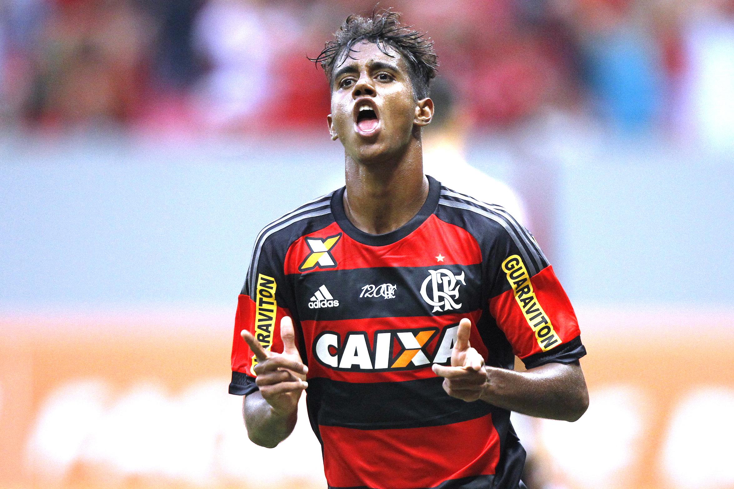 Grêmio sonda Flamengo e demonstra interesse no meia-atacante Gabriel 346b3e816fe61