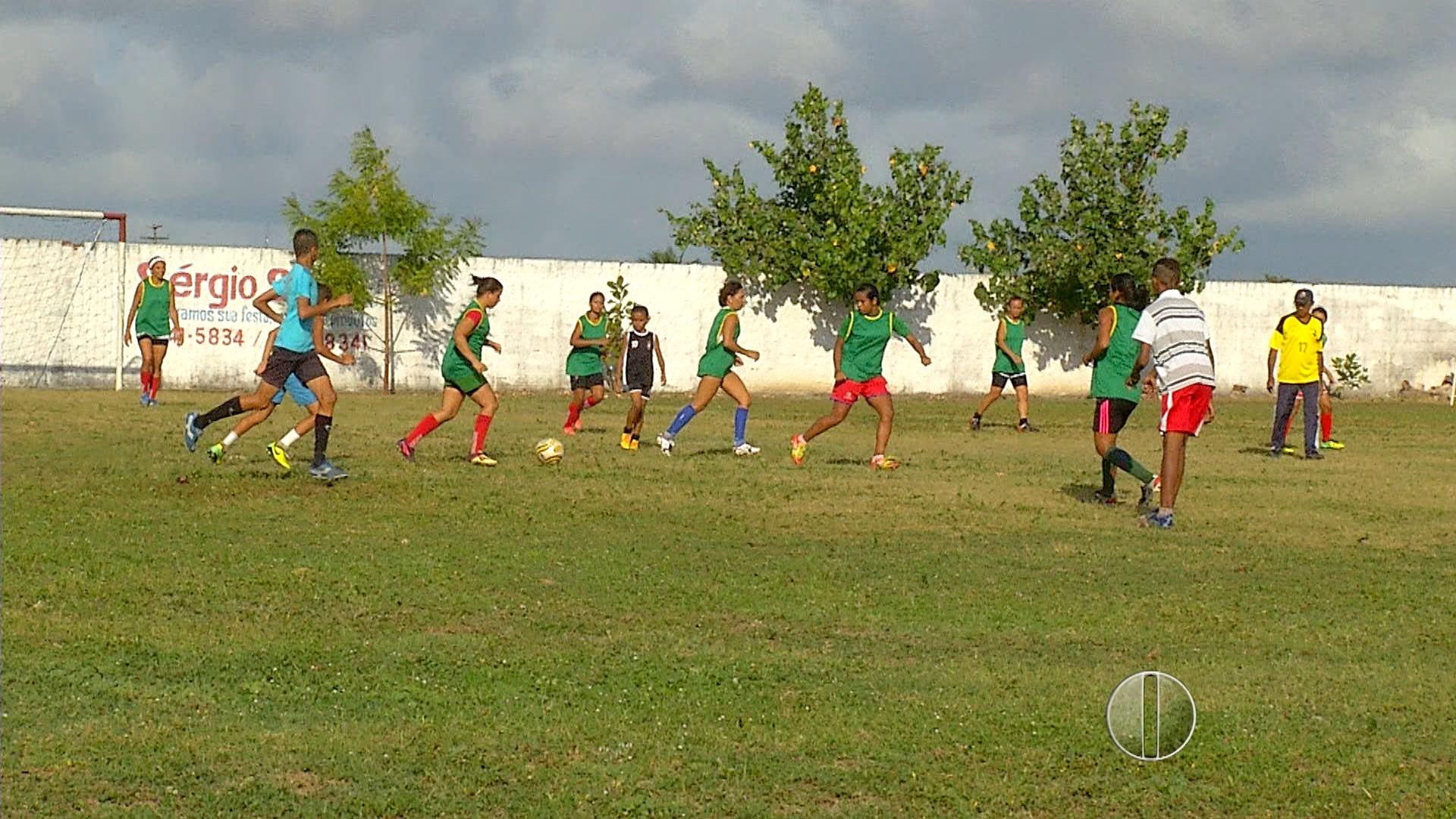 88c187b5fb Jogadoras de time de futebol feminino do RN sonham com Seleção Brasileira
