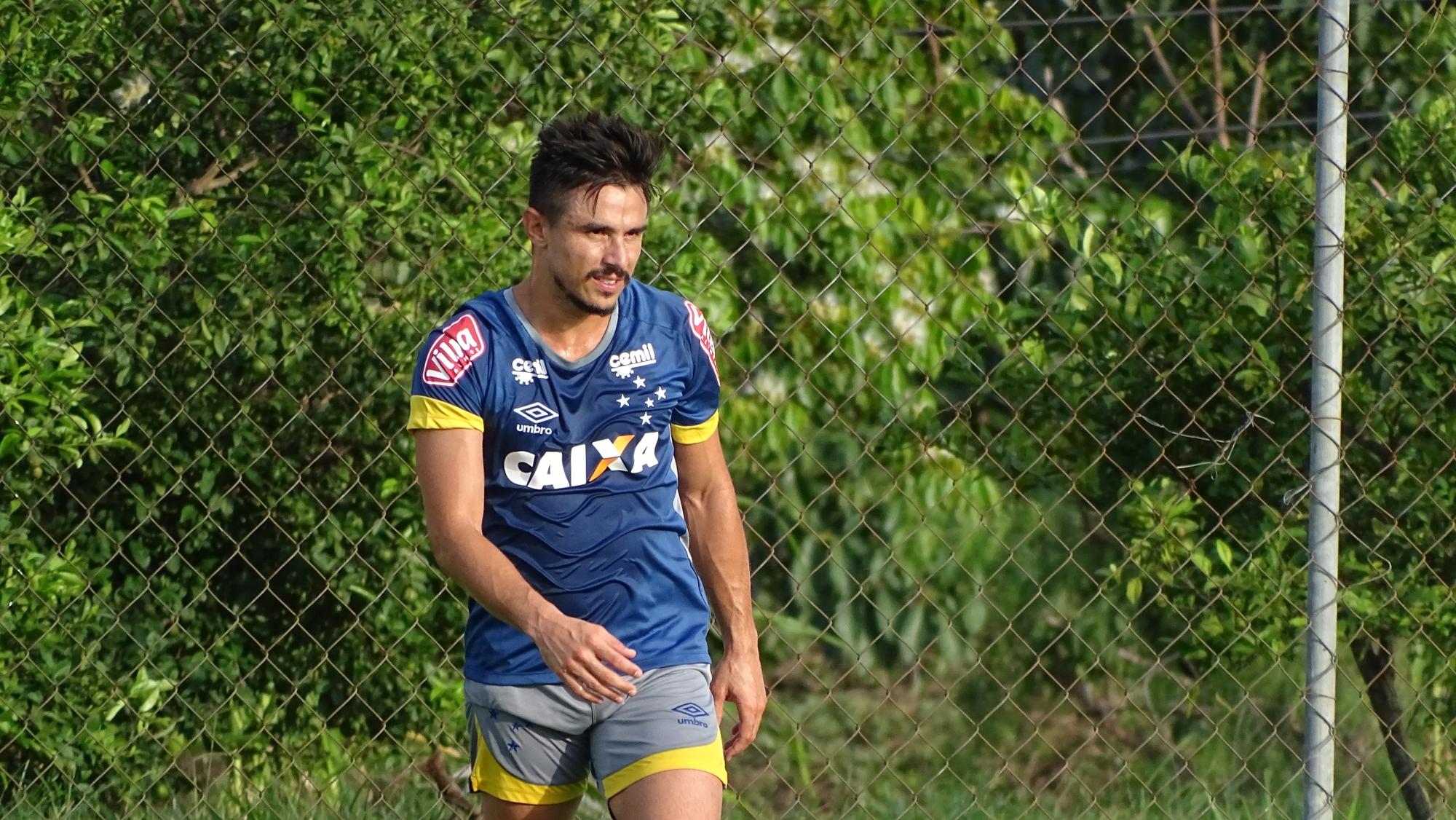 798d3827f80a8 Cruzeiro e Palmeiras finalizam negócio envolvendo Robinho