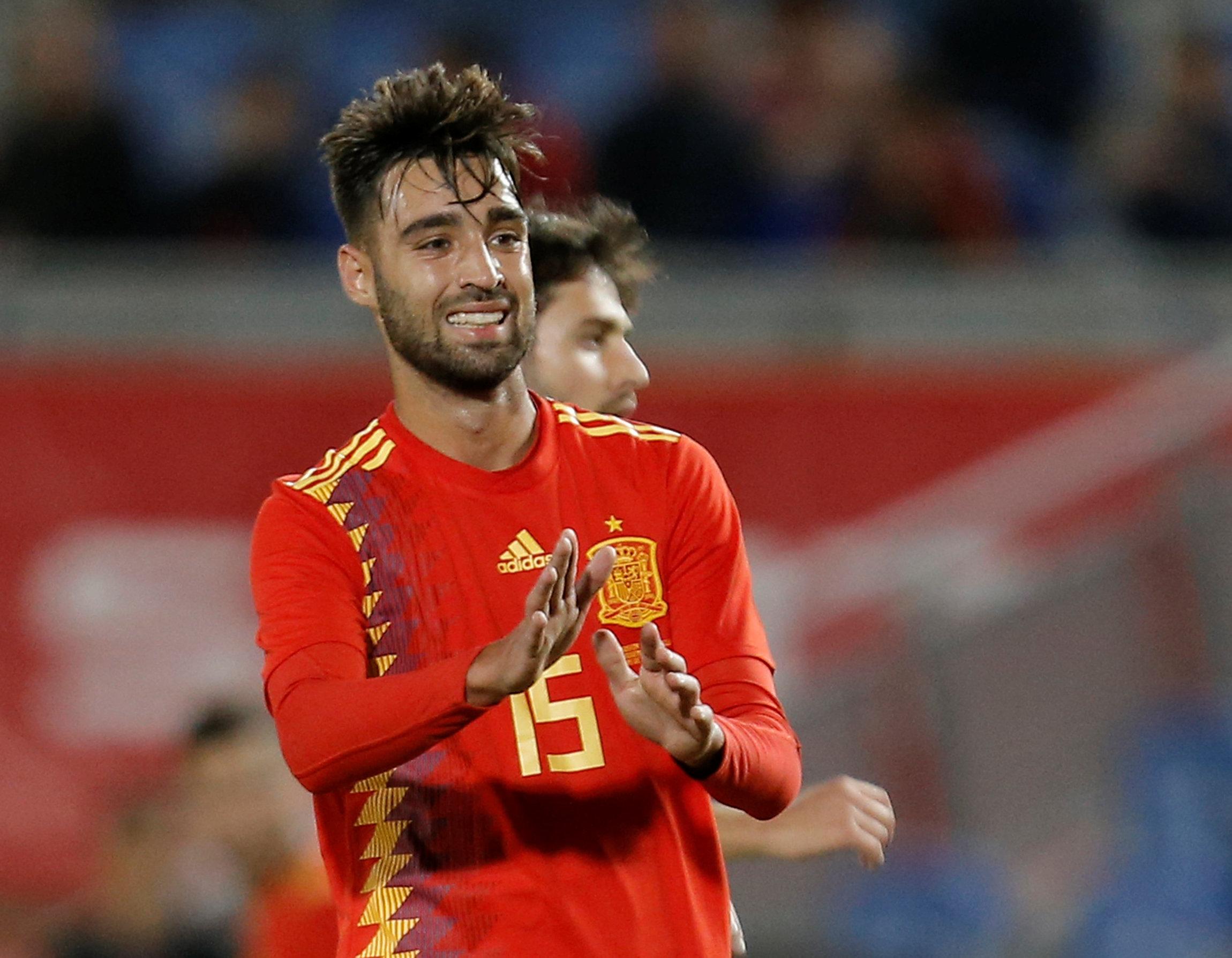 467c5950a8 Fernando Hierro é escolhido para comandar a Espanha na Copa do Mundo ...