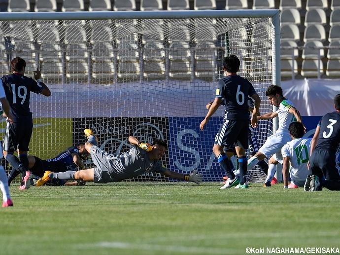 BLOG: Japão só empata com Iraque no calor de Teerã, mas continua perto da Copa