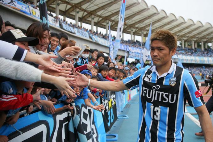 BLOG: Okubo faz gol histórico no último minuto e Kawasaki Frontale volta a ser líder na J1