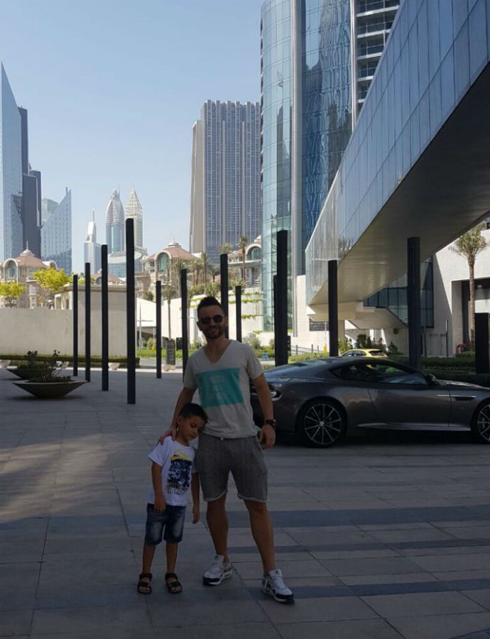 BLOG: Após título da Libertadores, Deives disputa torneio de estrelas em Dubai