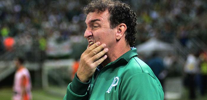 """BLOG: O """"futebol casquinha"""" e o mito do """"salvador da pátria"""" na eliminação do Palmeiras"""