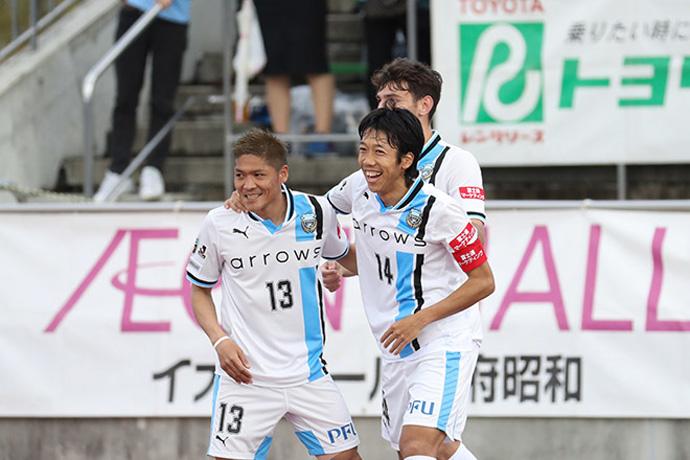 BLOG: Kengo Nakamura comanda goleada do líder Kawasaki Frontale em Kofu