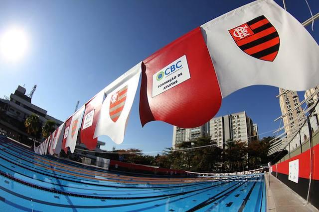 BLOG: E o Flamengo inaugurou a piscina Daltely Guimarães